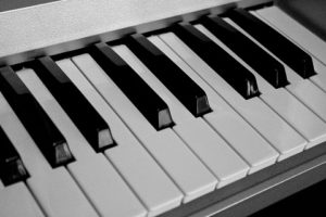 piano keys and their arrangement