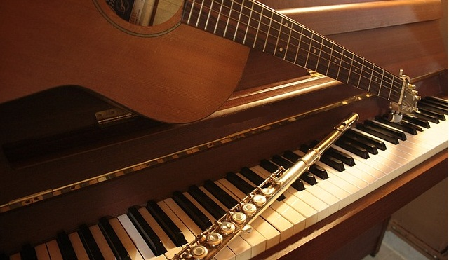 what is easy to learn piano or guitar